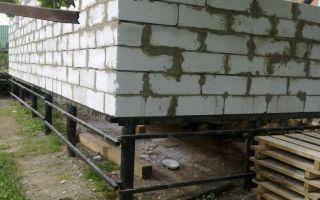 Возведение свайного фундамента для кирпичного дома