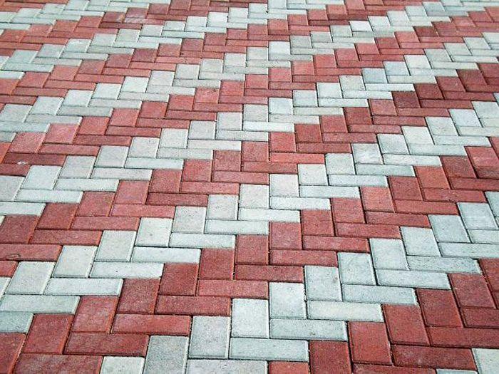 Как уложить тротуарную плитку разного цвета
