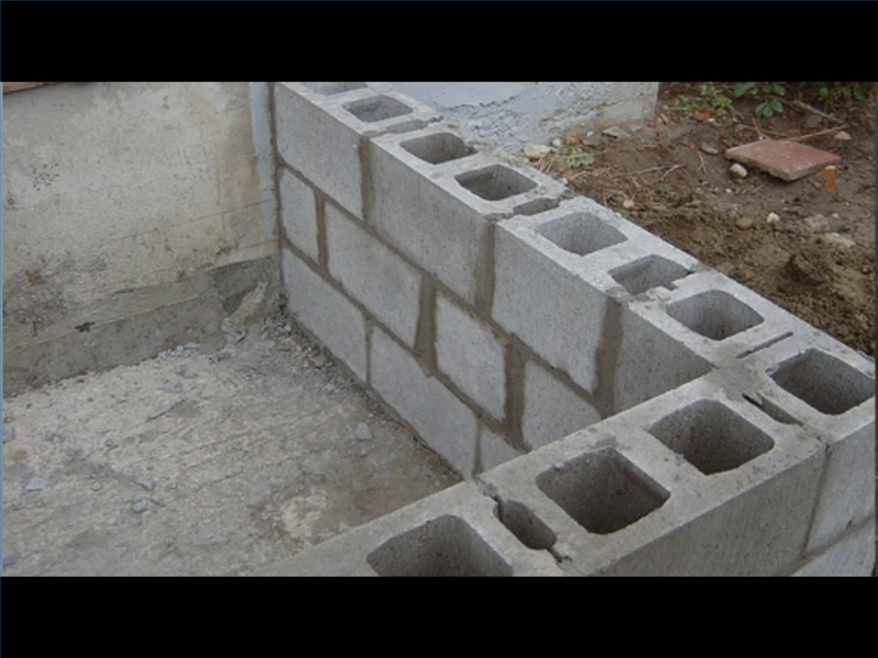 Простое приспособление для кладки блоков, которое сэкономить ваше время и силы